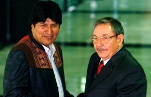 Raul-Castro-Evo-Morales