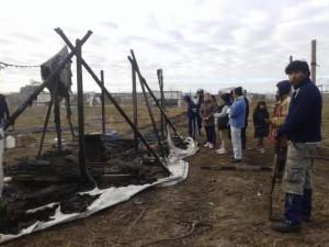 desalojo_abasto_vecinos carpa quemada