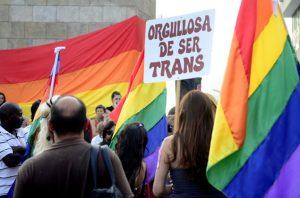 situacion-laboral-transexuales_uruguay_parlamento_lr21-e