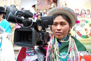 indigena-cumbre-bolivia-camara
